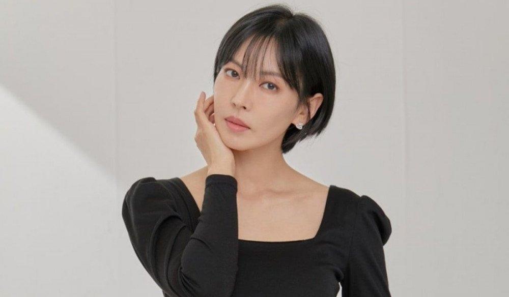 """Sao Hàn ngày 14/9: CL và Rosé tham dự Met Gala 2021; Aespa trở lại với mini album """"Savage"""""""