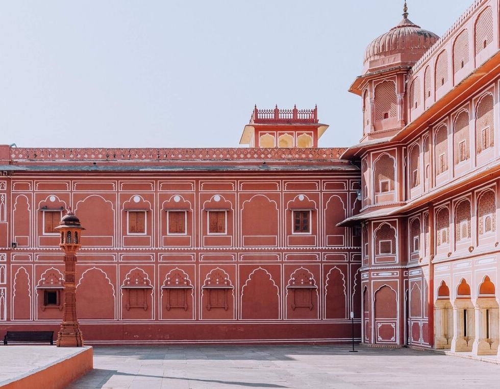 """Lạc bước vào """"thành phố màu hồng"""" nên thơ ở Ấn Độ"""