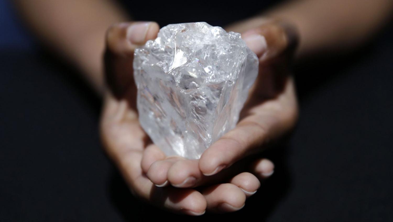 Lóa mắt trước 5 viên kim cương lớn nhất thế giới