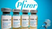 Hoa Kỳ: Phê duyệt tiêm mũi vắc xin Pfizer tăng cường cho người trên 65 tuổi