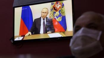 Nga: Người lao động sẽ nghỉ làm việc một tuần để phòng chống Covid-19