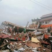 Tin Bộ Ngoại giao: Điện chia buồn về động đất và tai nạn máy bay ở Indonexia