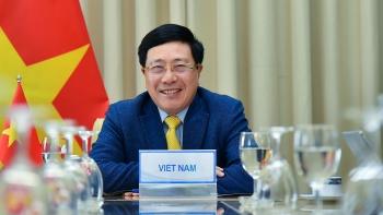 Phó Thủ tướng Phạm Bình Minh điện đàm với Bộ trưởng (thứ hai) Bộ Ngoại giao Brunei