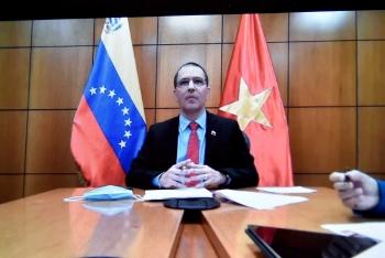 Hội đàm trực tuyến Việt Nam - Venezuela