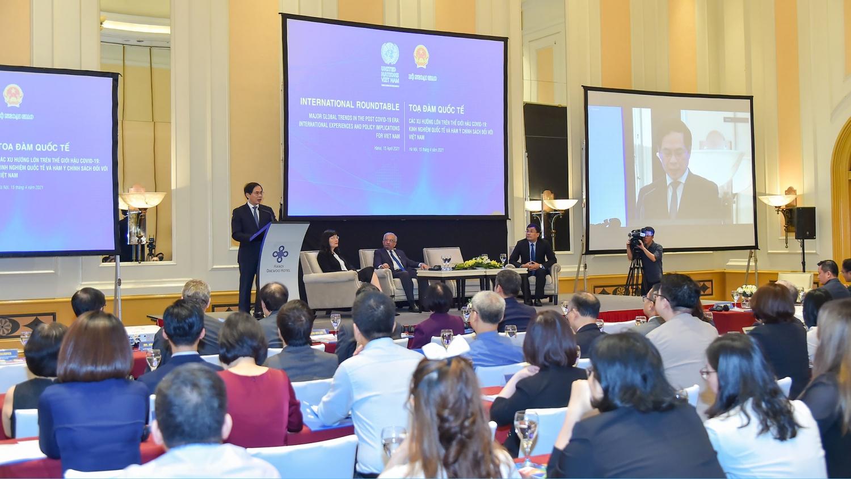 Tọa đàm các xu hướng lớn trên thế giới hậu Covid-19: Kinh nghiệm quốc tế và hàm ý chính sách đối với Việt Nam