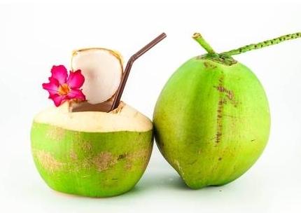 9 lợi ích sức khỏe của nước dừa bạn nên biết