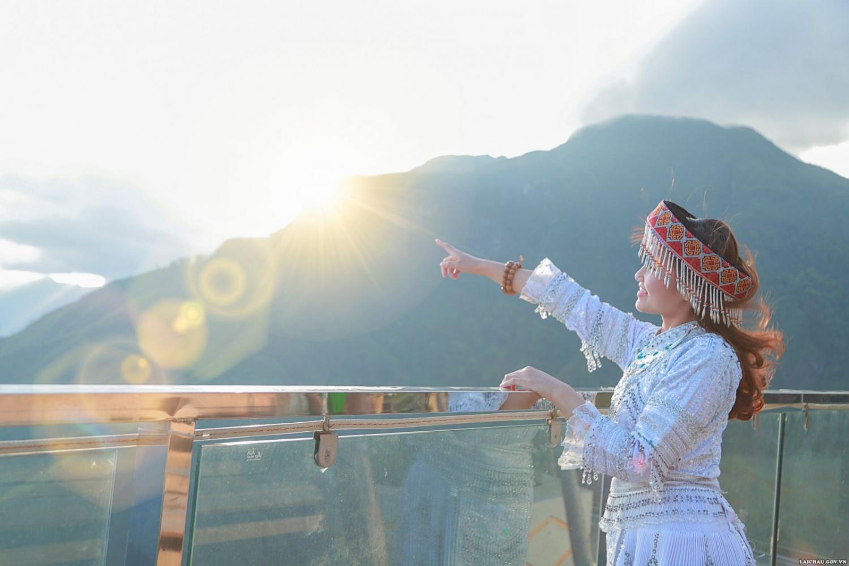 Cầu kính Rồng Mây Lai Châu - Điểm đến lý tưởng