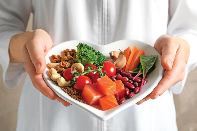 Cảnh báo về tích mỡ quanh tim dù không thừa cân
