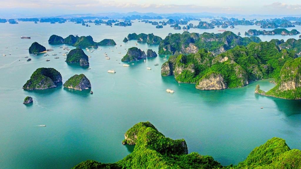 Miễn phí tham quan vịnh Hạ Long, Yên Tử đến hết năm