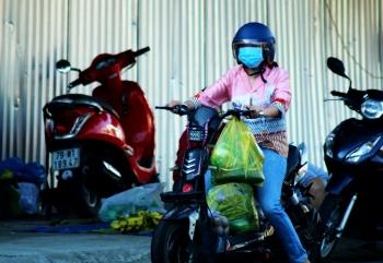 Khánh Hòa: Nha Trang, Ninh Hòa phát phiếu cho người dân đi chợ