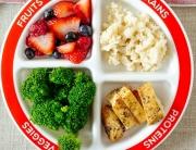 Làm thế nào giúp trẻ tạo thói quen ăn nhiều rau quả?