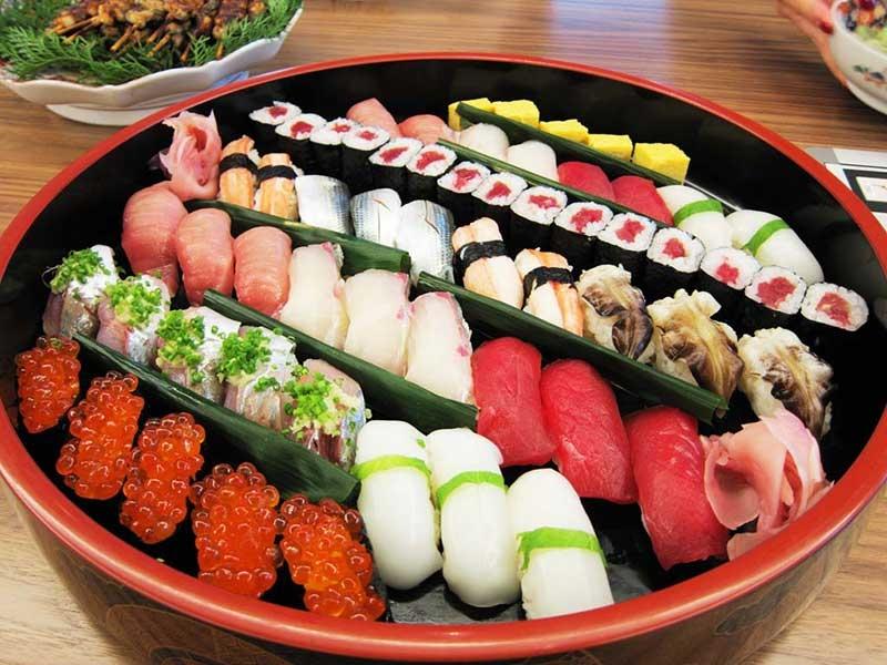 Ăn sushi đúng chuẩn người Nhật Bản
