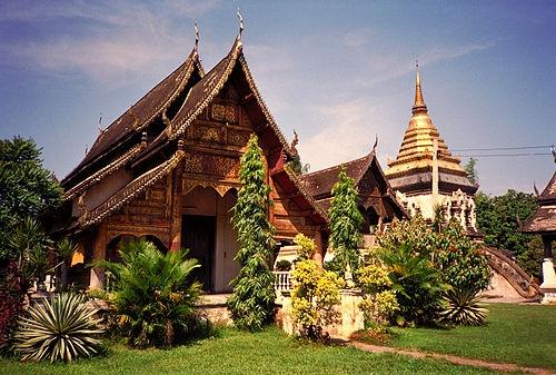 kham pha ngoi chua co tuoi nhieu hon so tuoi cua thanh pho chiang mai thai lan