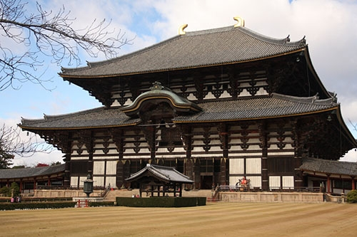 https://dulich.petrotimes.vn/stores/news_dataimages/donghoa/092019/26/10/5355_Todaiji.jpg