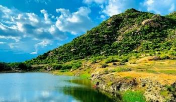 Khám phá vẻ đẹp Di tích lịch sử cách mạng núi Cà Đú