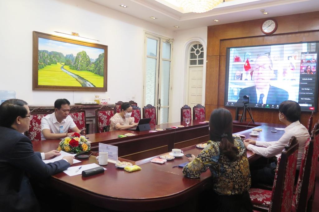 Việt Nam và Colombia tăng cường hợp tác xây dựng sản phẩm và xúc tiến du lịch cà phê