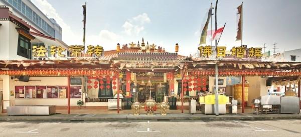 kham pha top 2 ngoi chua phat giao noi tieng o singapore