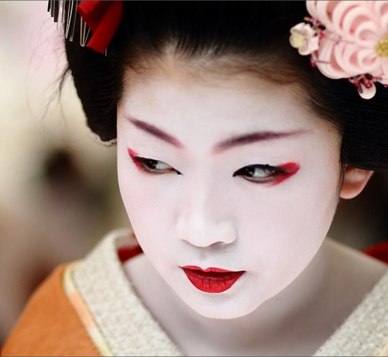 neu chup anh geisha o nhat khi chua duoc phep se bi phat tien