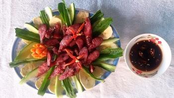 Tung lò mò – Món ăn đậm đà bản sắc dân tộc của người Chăm.