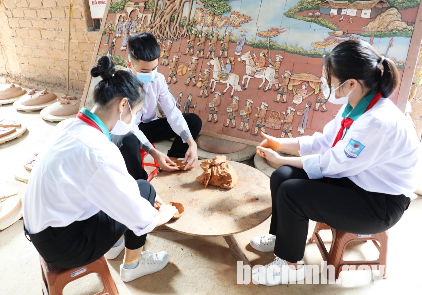 Đặc sắc làng nghề gốm Phù Lãng