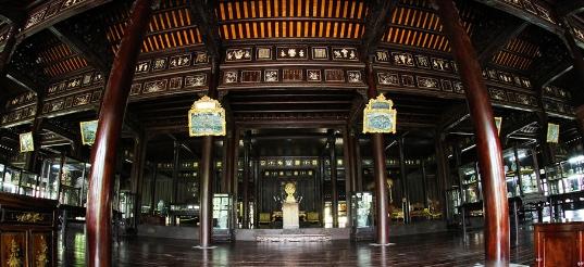 Điện Long An - Cung điện đẹp nhất của kinh thành Huế