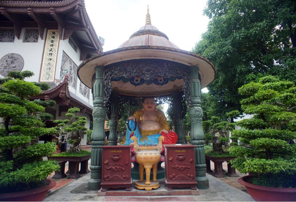 Nam Thiên Nhất Trụ - Ngôi chùa Một Cột nổi tiếng trời Nam