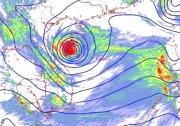 Áp thấp nhiệt đới áp sát Vịnh Bắc Bộ, cảnh báo Bắc Bộ, Trung Bộ mưa lớn