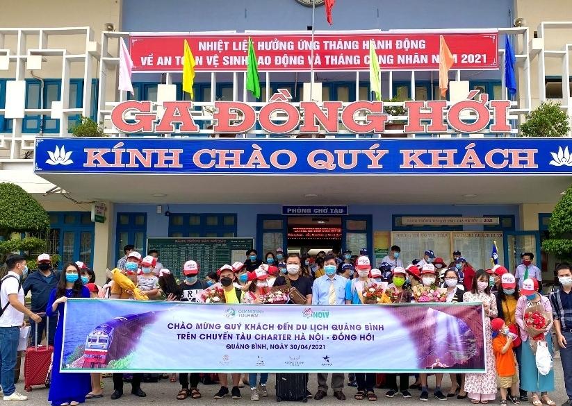 Chuyến tàu charter thứ hai về với du lịch Quảng Bình