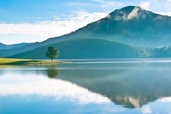 Dừng chân cảm nhận cảnh sắc thơ mộng của hồ Suối Vàng - Đà Lạt