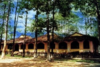 Nét đẹp đình làng Bến Tre trong du lịch
