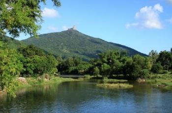 Di tích thắng cảnh quốc gia núi Đá Bia
