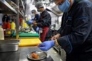 """""""Bếp ma"""" bùng nổ khắp châu Á thời đại dịch Covid-19"""