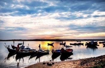 Cuộc sống bình dị tại làng chài ven biển Bình Định