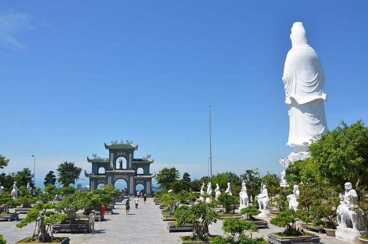 Kết quả hình ảnh cho chùa linh ứng đà nẵng