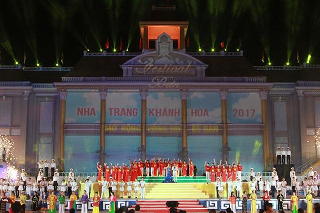 Hơn 140.000 nghìn lượt du khách đến với Festival Biển Nha Trang - Khánh Hòa 2019