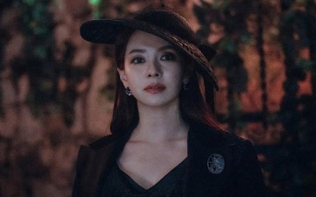 Song Ji Hyo khiến khán giả ngây ngất bởi thần thái