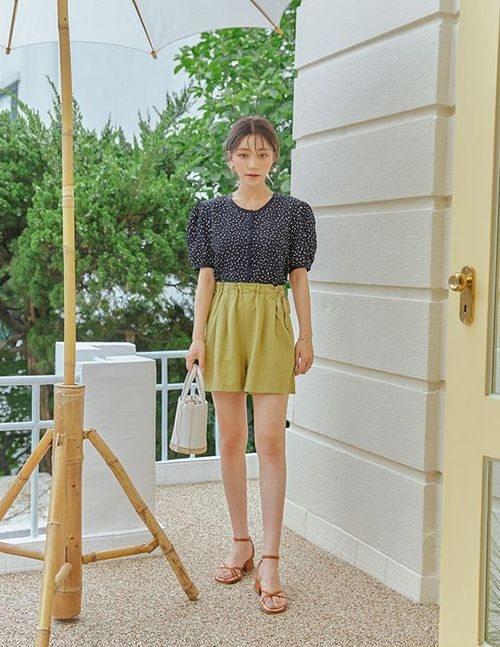 Gợi ý cách phối sandal cho set đồ mùa hè