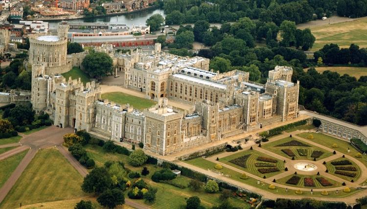 Chiêm Ngưỡng Windsor Catsle - Tòa lâu đài bị chiếm đóng lâu nhất thế giới