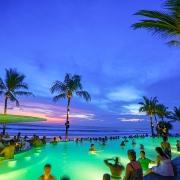 """Mặc dù đang """"thèm khát"""" khách du lịch, song Bali vẫn có những biện pháp cứng rắn đối với những du khách thiếu ý thức"""