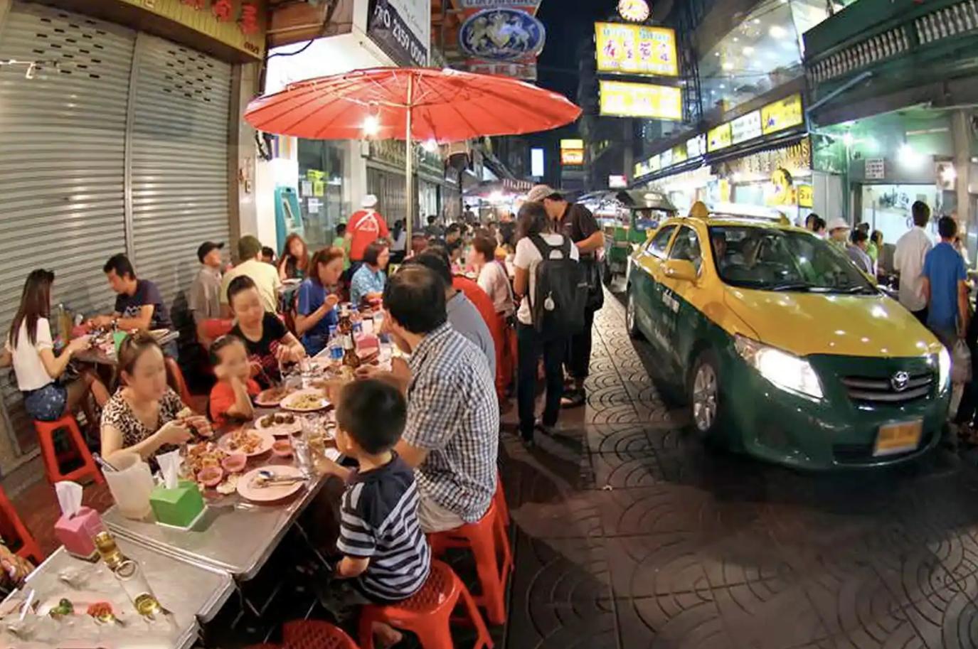 nhung bat ngo khi kham pha am thuc duong pho bangkok