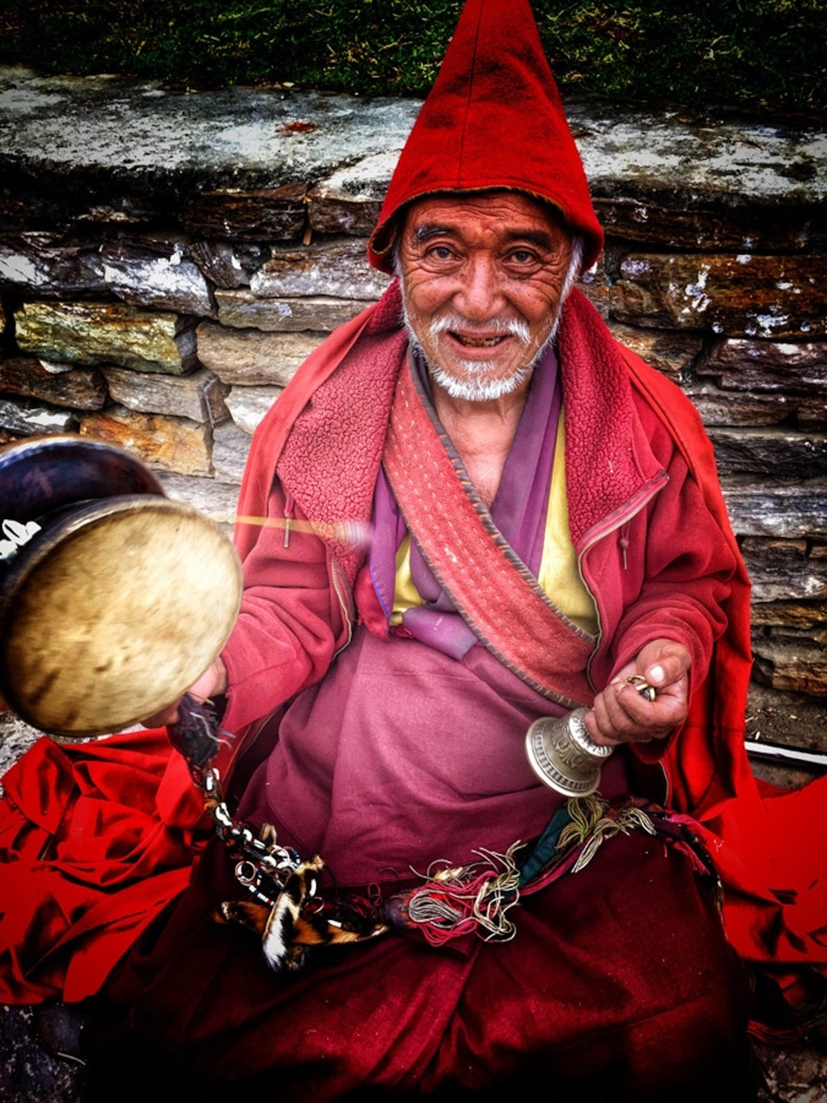 tim hieu van hoa truyen thong phong phu va le hoi linh thieng cua bhutan