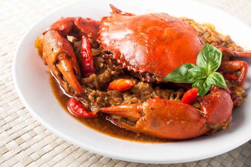 """Cua sốt ớt – Món ăn """"quốc hồn, quốc túy"""" của Singapore"""