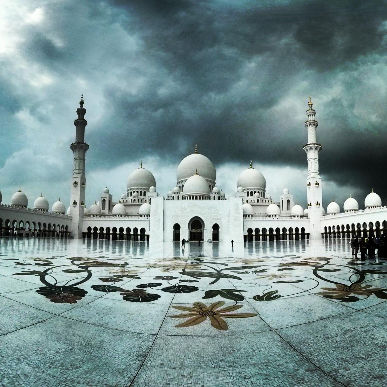 ve giau co cua nha tho hoi giao lon sheikh zayed tai uae