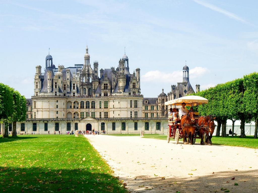 Chiêm ngưỡng những tòa lâu đài cổ kính đẹp nhất châu Âu