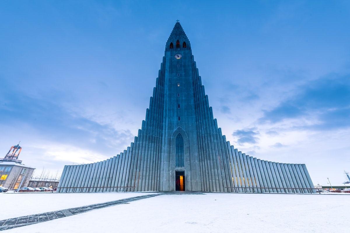"""Khám phá những nhà thờ """"độc nhất vô nhị"""" trên thế giới"""
