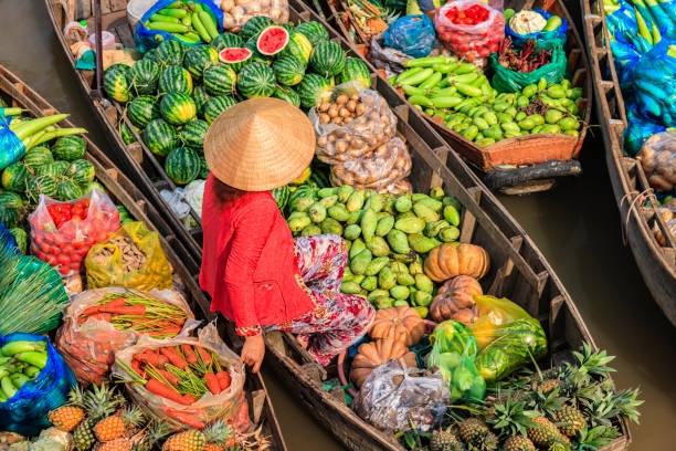 Việt Nam và 6