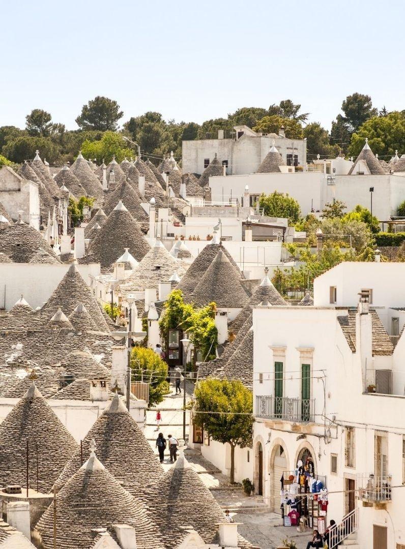 9 ngôi làng cổ tích dành cho những ai muốn trốn phố thị xô bồ - 1