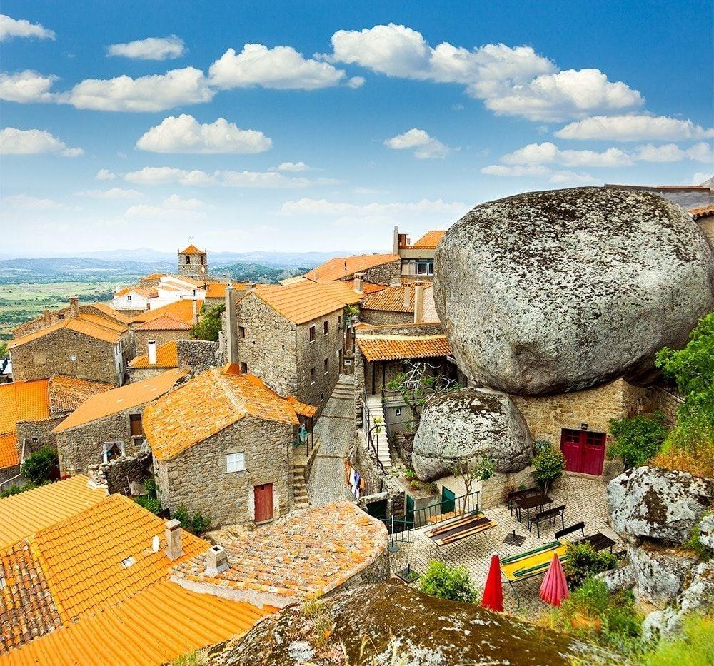 9 ngôi làng cổ tích dành cho những ai muốn trốn phố thị xô bồ - 17