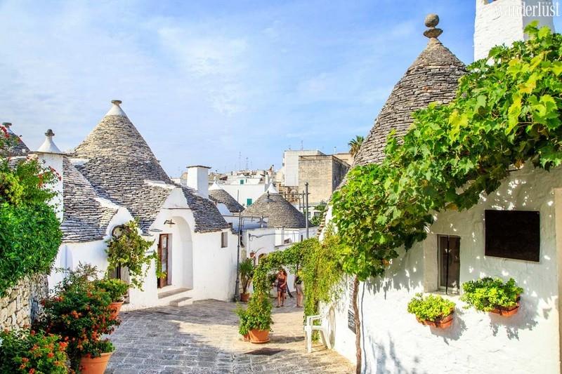 9 ngôi làng cổ tích dành cho những ai muốn trốn phố thị xô bồ - 2
