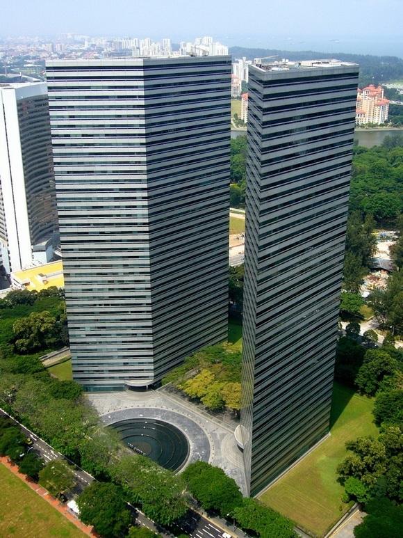 """Chiêm ngưỡng những tòa nhà """"mỏng dính như tờ giấy"""" trên thế giới"""